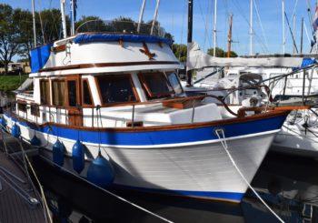 Blue Ocean Trawler 36 motoryacht